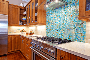 Make a Splash with the Cooktop Backsplash in Your Kitchen Remodel