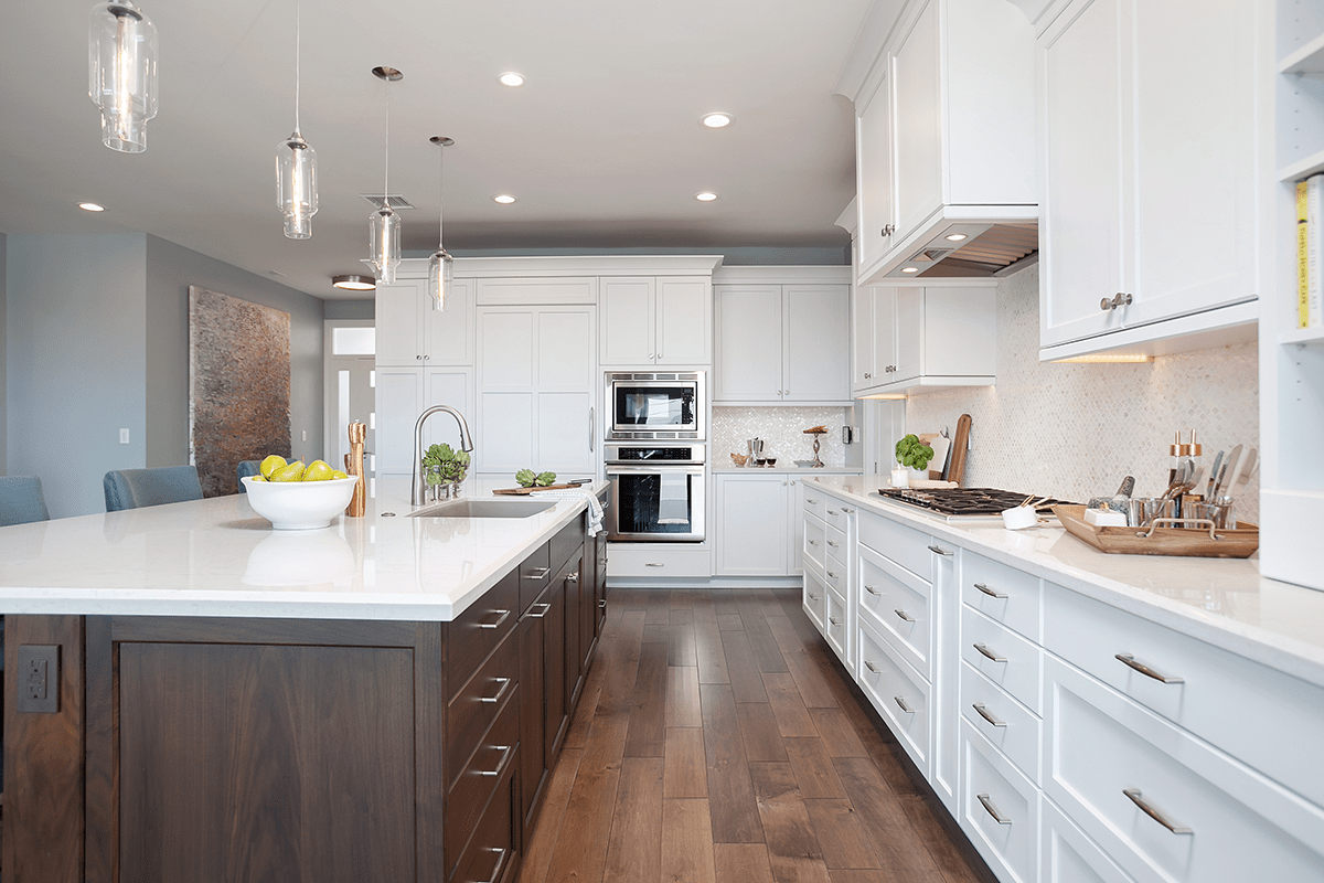 Beautiful Balance: Pairing Cabinetry and Countertops in Your Kitchen Remodel
