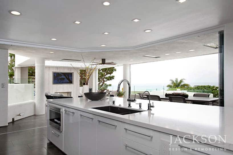 ... U201ckitchen.u201d The New Design Was Intentionally Planned With No Protrusions  To Emphasize Openness To Indoor/outdoor Living And Make The Amazing Ocean  Views ...
