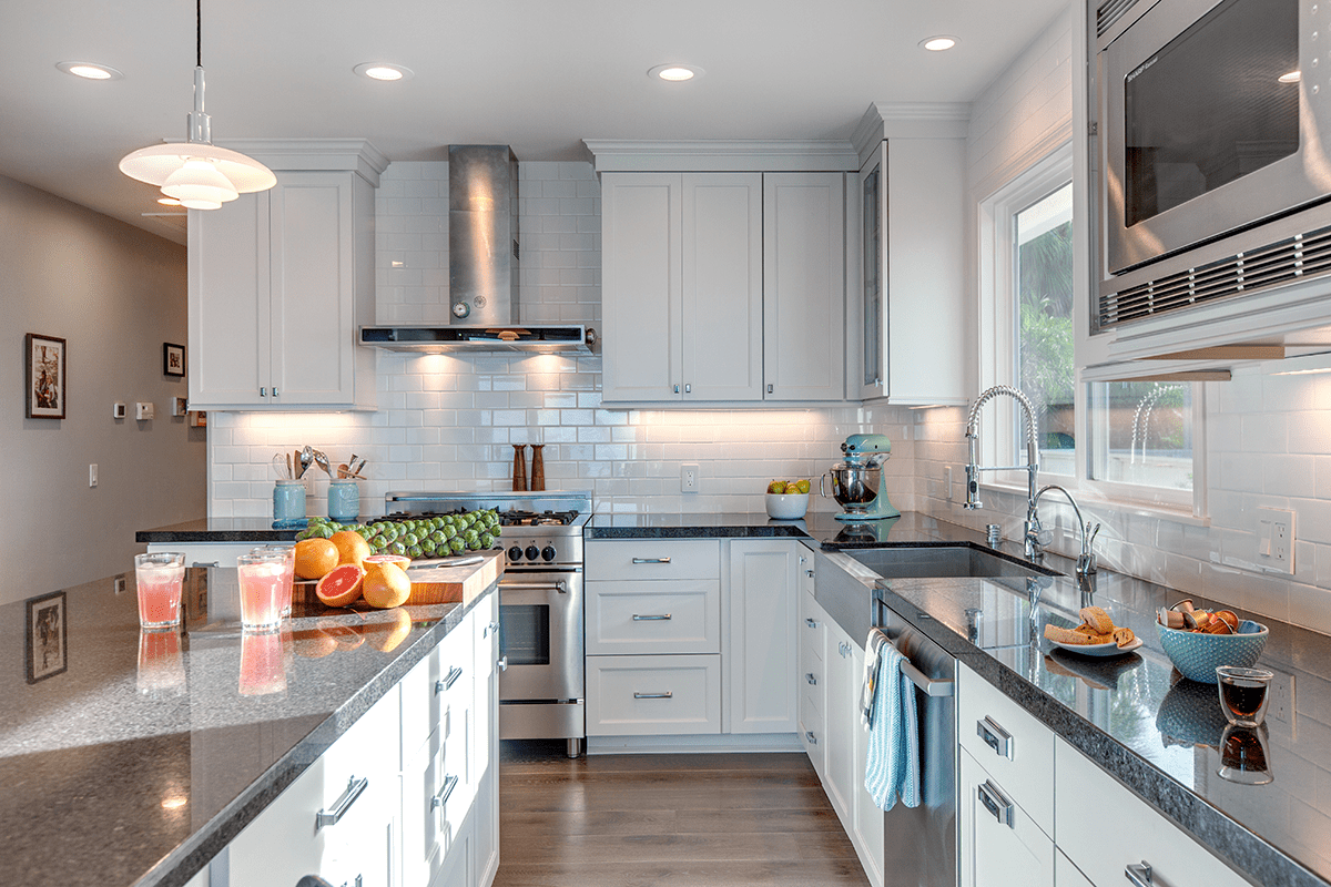 Fresh Style That Endures: White Cabinetry in Your Kitchen Remodel