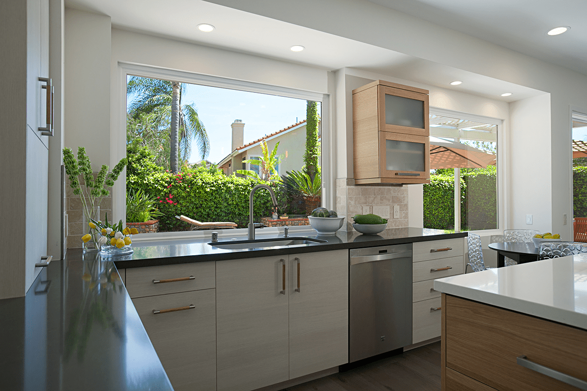 A Splash of Inspiration: Kitchen Sink Design for Your Whole Home Remodel