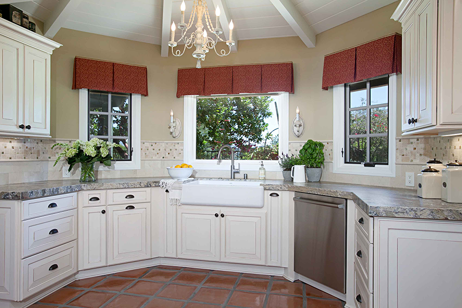 Glazed Cabinetry: Old World Luxury in Your Kitchen Remodel ...